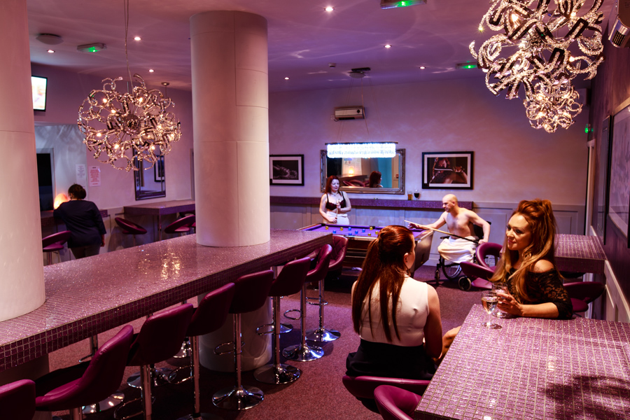 Swinger club leeds